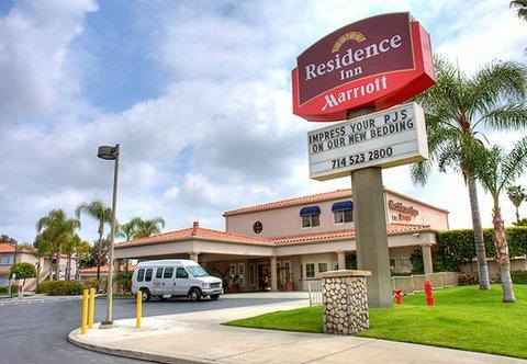 2631759-Residence-Inn-by-Marriott-La-Mirada-Buena-Park-Hotel-Exterior-1